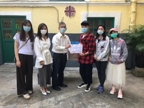 澳門演藝人協會向本機構送贈2000個口罩