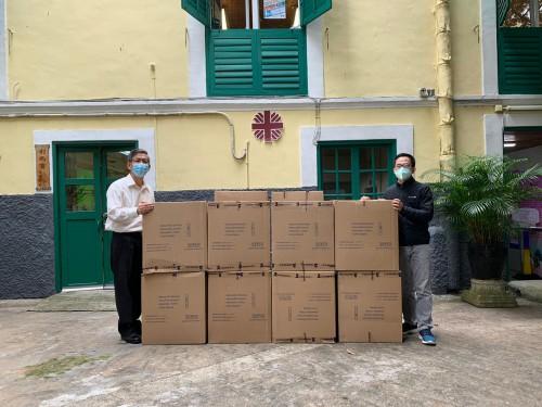長江建築有限公司捐贈22,000個口罩